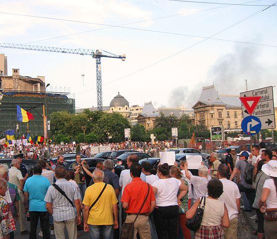 Proteste Anti-Basescu in Piata Universitatii