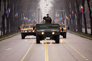 320px-Romanian_HMMWVes_during_the_Romanian_National_Day_military_parade