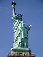 180px-Statue_of_Liberty_United_States_of_America_-_USA_(9897979665)