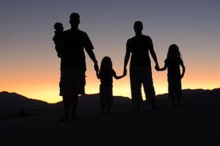 320px-Family_Portrait_